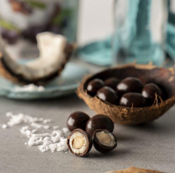 Amandes au chocolat noir et à la noix de coco