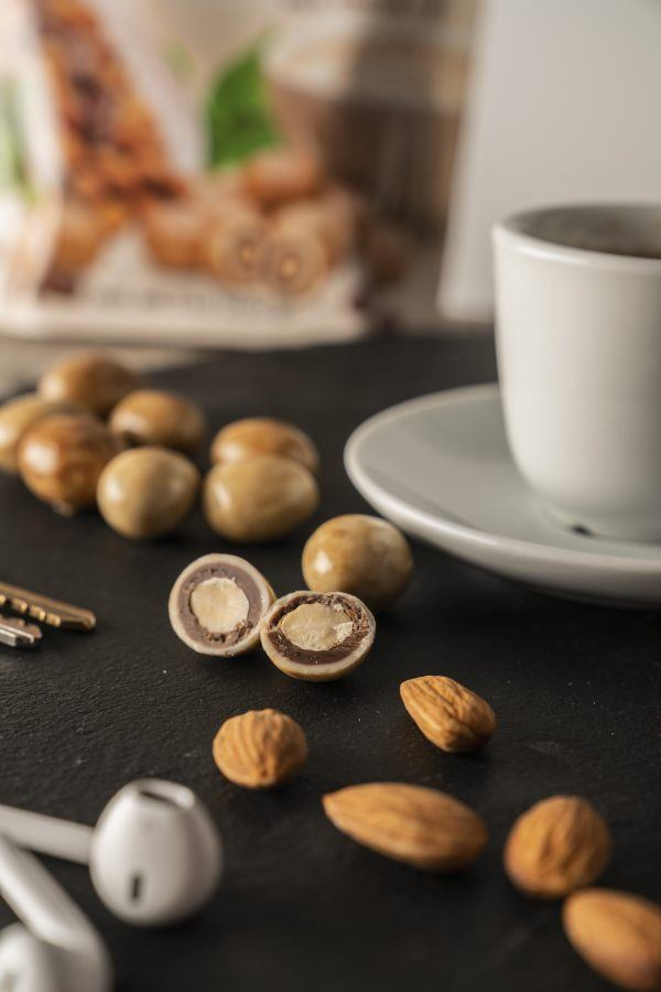 Caffe Latte Almonds Pouch