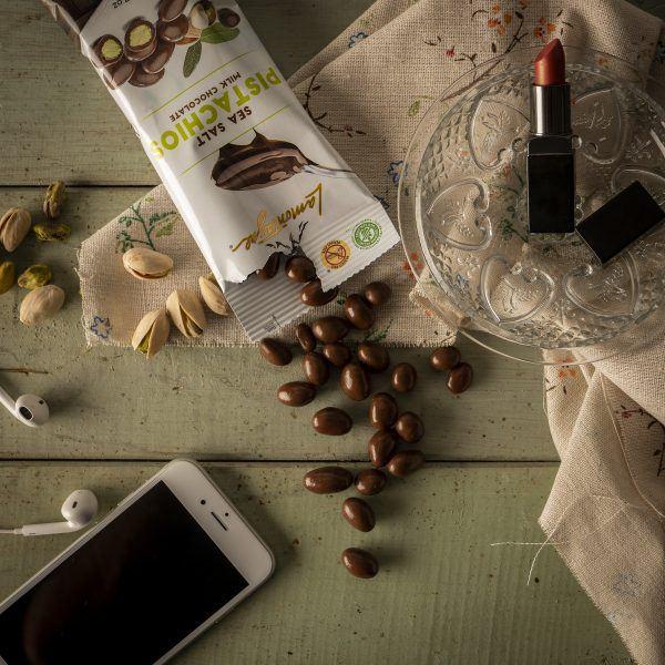Sea salt milk chocolate pistachios individual size